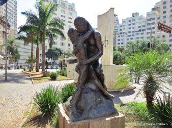 O Beijo Eterno - Idilio - Descubra Sampa